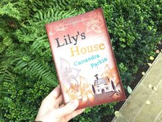 Review: Lily's House – Cassandra Parkin | A View from the Balcony