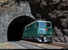 Net Photo: 11411 SBB Historic Ae at Faido, Switzerland by Georg Trüb Rail Transport, Swiss Railways, Abandoned Train, Electric Train, Oil Rig, Electric Locomotive, Model Train Layouts, Model Trains, Switzerland