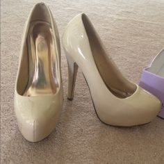 """Nude Platform Pumps Some scuff marks on patent leather of the shoes but definitely still have use! Does not affect the wear of the shoe. Heel is about 5"""". Box not included. WINDSOR Shoes Platforms"""