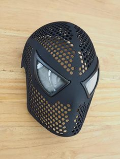 nyone Can Be Spider-Man with This Incredible Printed Spidey Mask See how you could get a very nice electronic accessories for your gadgets. 3d Printing News, 3d Printing Diy, 3d Printing Service, 3d Printing Technology, 3d Printer Designs, 3d Printer Projects, Impression 3d, 3d Printed Objects, Modelos 3d
