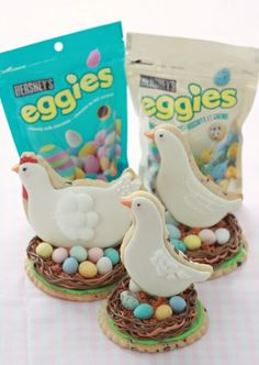 HERSHEY'S EGGIES Sugar Cookie {Recipe} | Sweetopia