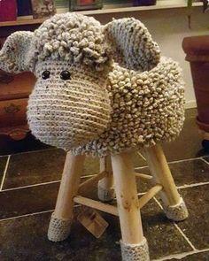 70 Ideas knitting ideas for babies tricot for 2019 Crochet Home, Crochet For Kids, Crochet Crafts, Crochet Baby, Crochet Projects, Knit Crochet, Crochet Motifs, Crochet Patterns, Crochet Ideas