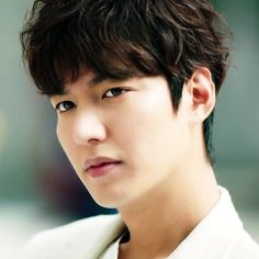 Lee Min Ho News, Lee Min Ho Kdrama, Korean Men, Korean Actors, Lee Min Ho Hairstyle, Mens Perm, Drama 2016, Permed Hairstyles, Boys Over Flowers