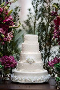 Casamento Tico Santa Cruz: bolo clássico
