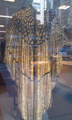 Liz Taylor Cleopatra cloak. Wow.