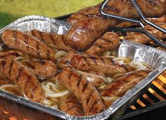bratwurst hot tub, sausage recipes, bbq recipes, sausage on the grill recipe, easy marinated sausage with onions Tailgating Recipes, Tailgate Food, Grilling Recipes, Cooking Recipes, Football Tailgate, Campfire Recipes, Grilling Ideas, Football Food, Beer Bratwurst