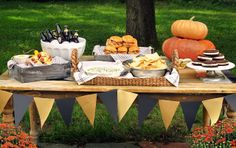 Game Day! Tailgate Party Recipes & Decor Ideas