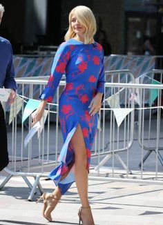 Holly Willoughby flashes her legs in floaty dress after accidentally wishing fans 'Happy Monday' in Tuesday's outfit of the day post Holly Willoughby Feet, Stylish Outfits, Fashion Outfits, Women's Fashion, Stylish Clothes, Fashion Ideas, Bollywood, Floaty Dress, Sexy Skirt