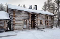 Roaring Fires With A Chance Of Snow? Top Ten Houses For The Perfect Christmas Luxury Log Cabins, Cheap Web Hosting, Fire, Rustic, House Styles, Outdoor Decor, Top Ten, Nest, Houses