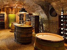 Cantina, mattoni e cantina a volta - Ideas Debebidas Wine Shelves, Wine Storage, Caves, Beer Cellar, Wine Cellars, Wine Cellar Design, Wine House, Diy Bar, Wine Cabinets