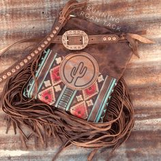 Red Aztec Cross Body Handbag with Cactus Leather Patch and Fringe by Running Roan Tack Tooled Leather Purse, Leather Tooling, Leather Purses, Leather Handbags, Leather Jewelry, Leather Craft, Estilo Navajo, Fashion Bags, Fashion Accessories