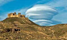 Participa hasta el 31 de agosto en el XI Concurso de Fotografía El Foton elfoton.com #elfoton15 #ArquitecturayPatrimonioCultural Usuario: rafa (ESPAÑA) - MONTEARAGON - Tomada en HUESCA el 01/05/2014 #photos #travel #viajes #igers #500px #Picoftheday #Fotos #mytravelgram #tourism #photooftheday #fotodeldia #instatravel #contest #concurso #instapic #ESPAÑA #MONTEARAGON #HUESCA #Spain Monument Valley, Nature, Travel, Pageants, Pageant Photography, Viajes, Architecture, Fotografia, Pictures