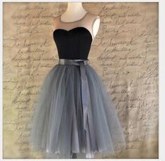 Hello! Welcome to our store! Quality is the first with best service. customers all are our friends. Fashion design,100% Brand New,high quality! 2017 Fashion Women Sexy Colorful Fairy Tulle lace skirt wedding dress costume 7 Layer Tulle Skirt Womens Vintage Dress 50s Rockabilly Tutu Petticoat Ball Gown Brand: new without tags Fabric:Tule & Lace One Size with a ribbon PACKAGE :1 x Skirt