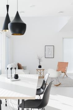 Today, we take a look at minimalist living room designs to inspire and bring out the design muse in you, to lead you to a better decor style and improved home. Living Room Decor Inspiration, Interior Inspiration, Sweet Home, Scandi Home, Minimal Home, Minimal Style, Minimalist Room, Piece A Vivre, Living Room Grey
