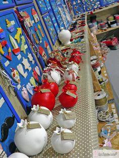 Κεραμικά ρόδια σε διάφορα μεγέθη! Ceramics, Ceramica, Pottery, Ceramic Art, Porcelain, Ceramic Pottery