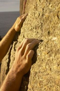 Training: finger strength... this one is a lil' irrelevant and novice cuz its coming from sports pros, not climb pros, but the fingertip pushups are an interesting new consideration....