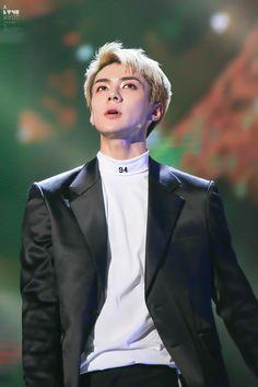 Sehun - 161101 SBS Power FM 20th Anniversary Concert Credit: A Love Knot. (SBS 파워FM 20주년 콘서트)