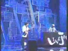Live Jam - DJ Kentaro ft. Kinoshita Shinichi -- A DJ mixing samples playing a duet with a famous player of the tsugaru shamisen, a 3-stringed Japanese instrument plucked with a tortoise shell.
