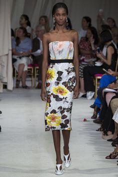 Oscar de la Renta Spring 2016 Ready-to-Wear Collection Photos - Vogue