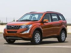New Age Mahindra XUV500 facelift 2015 launched at 11.21 lakh