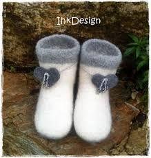 Bilderesultat for tova engler Felt Hearts, Slippers, Knitting, Diagram, Fashion, Loom Knit, Moda, Tricot, Fashion Styles