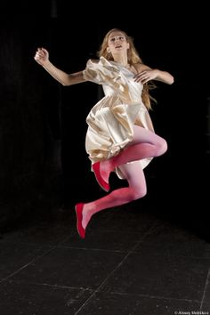 DESPERATE ALKESTIS d'Anne Bisang, 2012 © Alexey Melnikov Game Of Thrones Characters, Portraits, Wonder Woman, Superhero, Lighting, Fictional Characters, Inspiration, Women, Biblical Inspiration