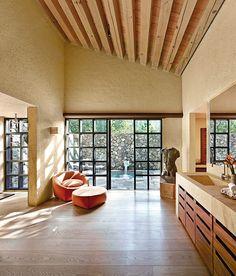 Una casa perfecta, construida en 2010 por el despacho Legorreta + Legorreta.