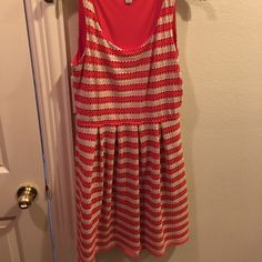 Adorable striped dress size 6 Only worn twice--perfect condition! Very forgiving dress! Fits sizes 4-8 easily. Good quality, lined, and beautiful fit! Dresses