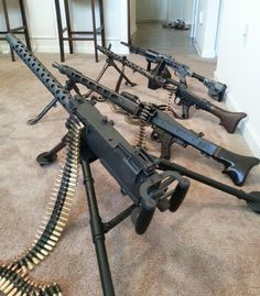 Military Weapons, Weapons Guns, Guns And Ammo, Light Machine Gun, Machine Guns, Mg34, Submachine Gun, Concept Weapons, Cool Guns
