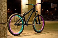 Sexiest DJ/Street bike/frame Pinkbike Forum - Bmx Bikes - Ideas of Bmx Bikes - Sexiest DJ/Street bike/frame Pinkbike Forum 24 Bike, Dirt Bicycle, Road Bike, Triumph Motorcycles, Custom Motorcycles, Bmx Street, Street Bob, Dirt Jumper, Mountian Bike