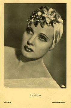 Cabaret dancer and actress La Jana