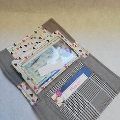 ploqi pic sur Instagram: Petit ensemble sac 3 pochettes et son portefeuille À retrouvé dans votre boutique en ligne www.ploqi-pic.com Patron sous licence…