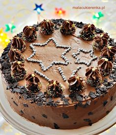 Chocolate Walnut Layer Cake by Mala_Cukierenka Death By Chocolate, Chocolate Cream, Chocolate Lovers, Poke Cakes, Cupcake Cakes, Chocolate Trifle, Chocolate Cakes, Teen Cakes, Hazelnut Cake