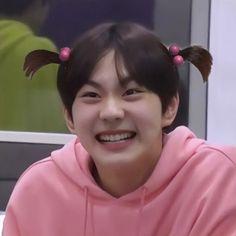 Meme Faces, Funny Faces, To Bem To Zen, Jake Sim, Funny Kpop Memes, Sung Hoon, Kpop Guys, My Land, Kpop Aesthetic