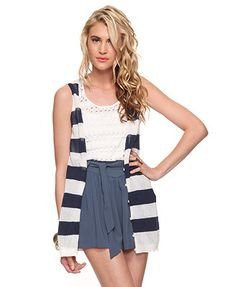 Absolutely love stripes.