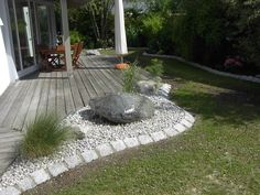 Gartengestaltungsideen steingarten anlegen mit passender bepflanzung garten blumen - Gartengestaltungsideen mit gabionen ...