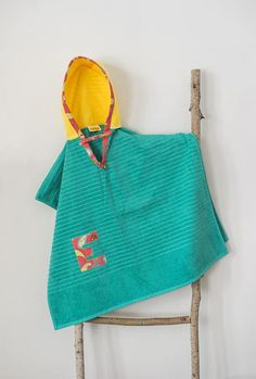 Hooded Towel Poncho, Personalized, in Teal & Yellow. Boy or Girl print (your choice). Bath Towel. Beach towel.