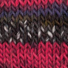 Yarn: Barcode Rosários 4. Composition: 52% wool + 48% acrylic. Needles: 4 1/2 - 5 (USA 7 - 8). Weight: 100 g = 180 m |  3.50 oz = 197 yds.