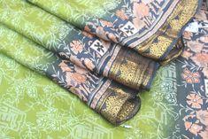 Vintage Sari 100% Beautiful Pure Silk Indian Soft Silk Women Saree 5 Yard Fabric Recycled Vintage Silk Clothing Used Silk Sari #PSTIC 222