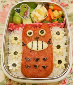 musubi, anyone? -   katnaper's den: Bento #21: Totoro Bento -