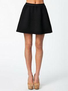 Nallo Skirt - Selected Femme - Svart - Kjolar - Kläder - Kvinna - Nelly.com, 400kr