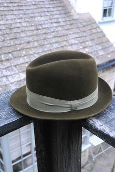 Vintage 50 s Green Velvet Style Fur Felt Stingy Fedora Trilby UK 6 3/4 EU 55
