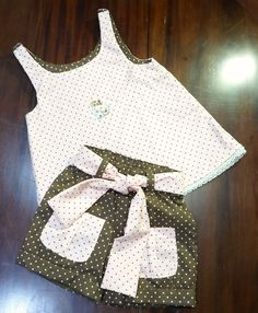 Dresses Kids Girl, Kids Outfits Girls, Toddler Girl Outfits, Toddler Fashion, Kids Fashion, Sewing Clothes, Doll Clothes, Build A Bear Outfits, Baby Wearing