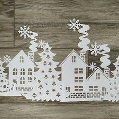 Новогодние вытынанки 2019 год свиньи: шаблоны на окна Christmas Crafts, Christmas Decorations, Xmas, Holiday Decor, Holidays With Kids, Winter Time, Preschool Crafts, Advent Calendar, Paper Art