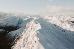 http://michaelbrunt.tumblr.com/post/137941313424/high-above-the-southern-alps-of-new-zealand