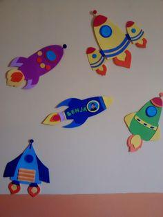 Increíbles nave espaciales de goma Eva. Para la habitación 20 cm cada una.