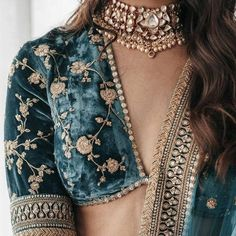 Indian Bridal Outfits, Indian Fashion Dresses, Dress Indian Style, Indian Designer Outfits, Stylish Blouse Design, Indian Attire, Traditional Outfits, Fasion, Jeans