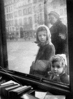 Boulevard Saint Germain, Paris, 1948, by Édouard Boubat