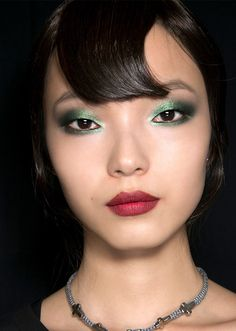 Party Makeup Ideas, Eyeshadow and Lipstick Looks to Try Right Now | StyleCaster