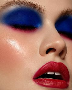 INSPIRATION : CREATIVE MAKEUP 12